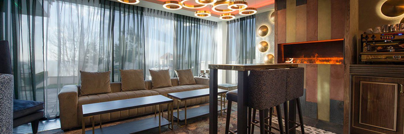 lugo seven hotel lounge